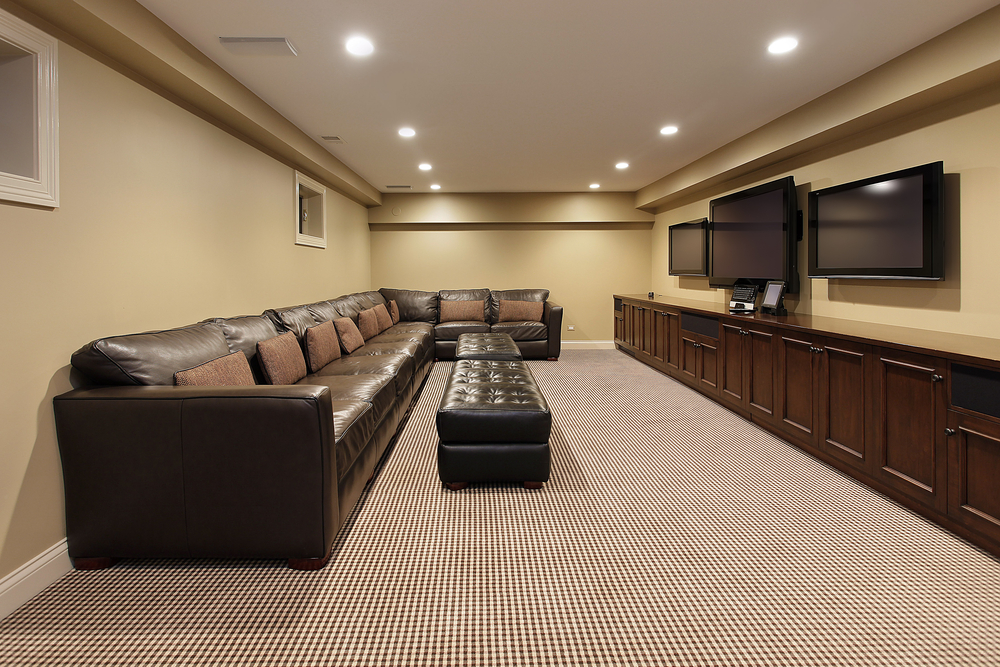 Modern Basement With 3 Tvs Interior Design Ideas