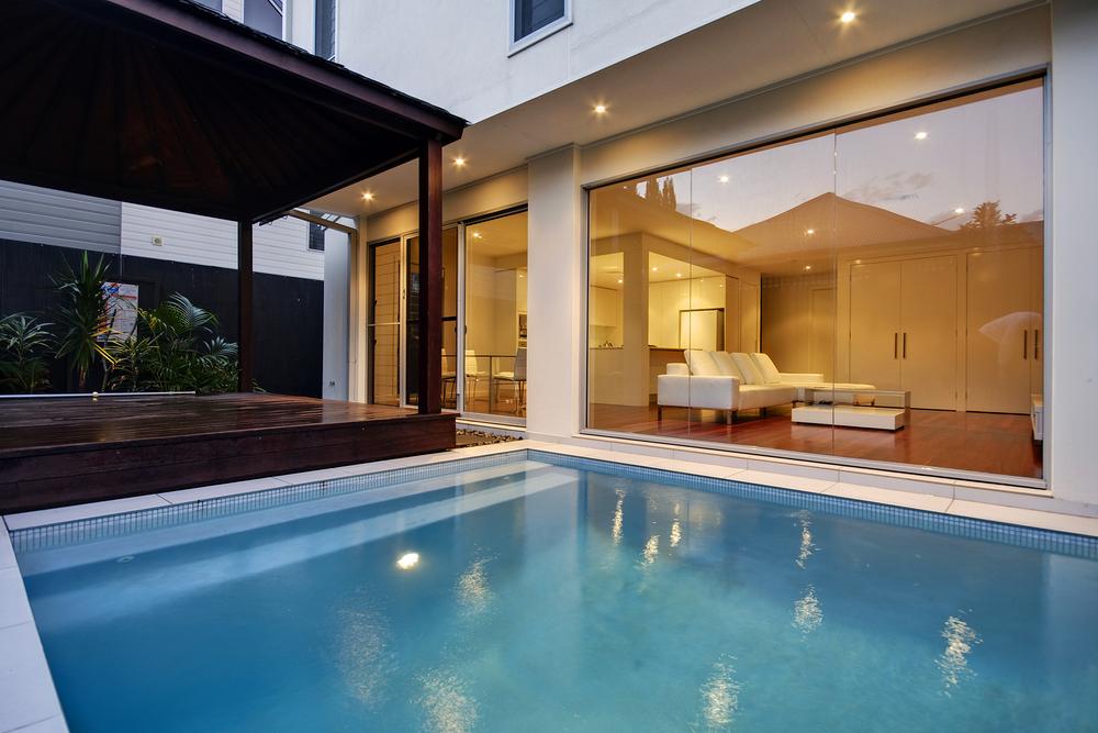 Nice pool design architecture