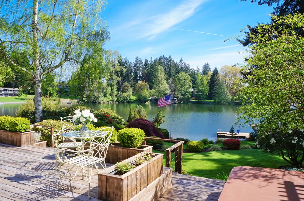 Patio deck ideas on lake