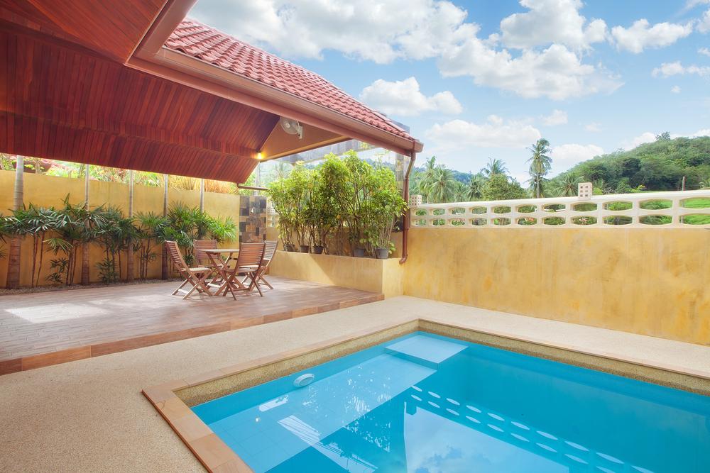 Spanish flat pool design