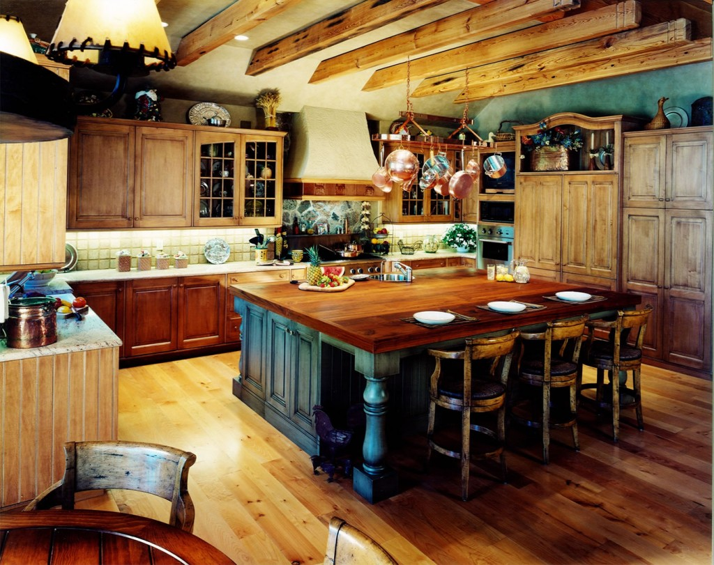 Hardwood rustic kitchen