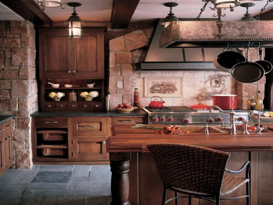 Combination of modern and rustic designs can look stunning as well.