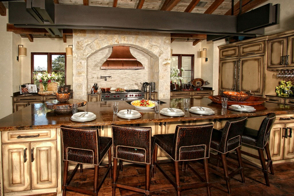 Spanish style rustic kitchen